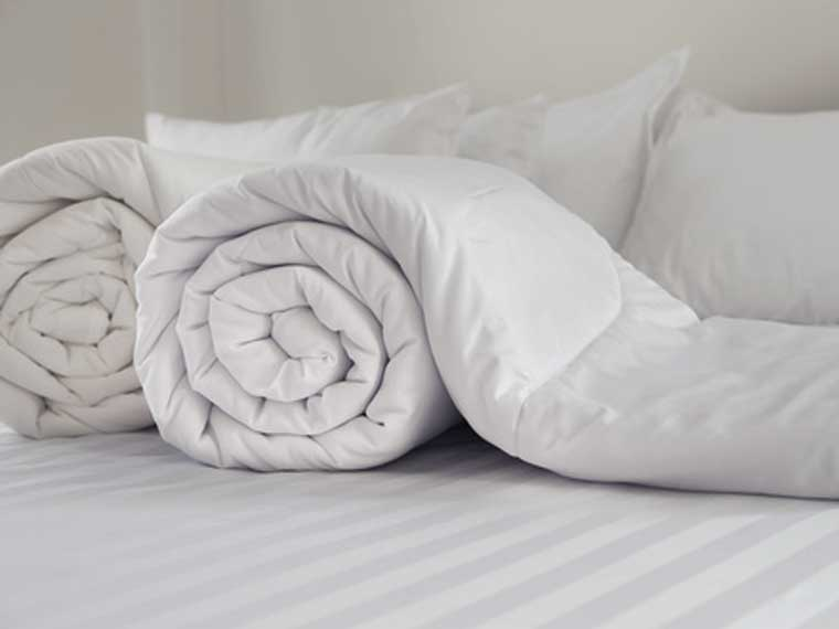 Bettenreinigung bei Güthler, Seiden- und Wollbetten